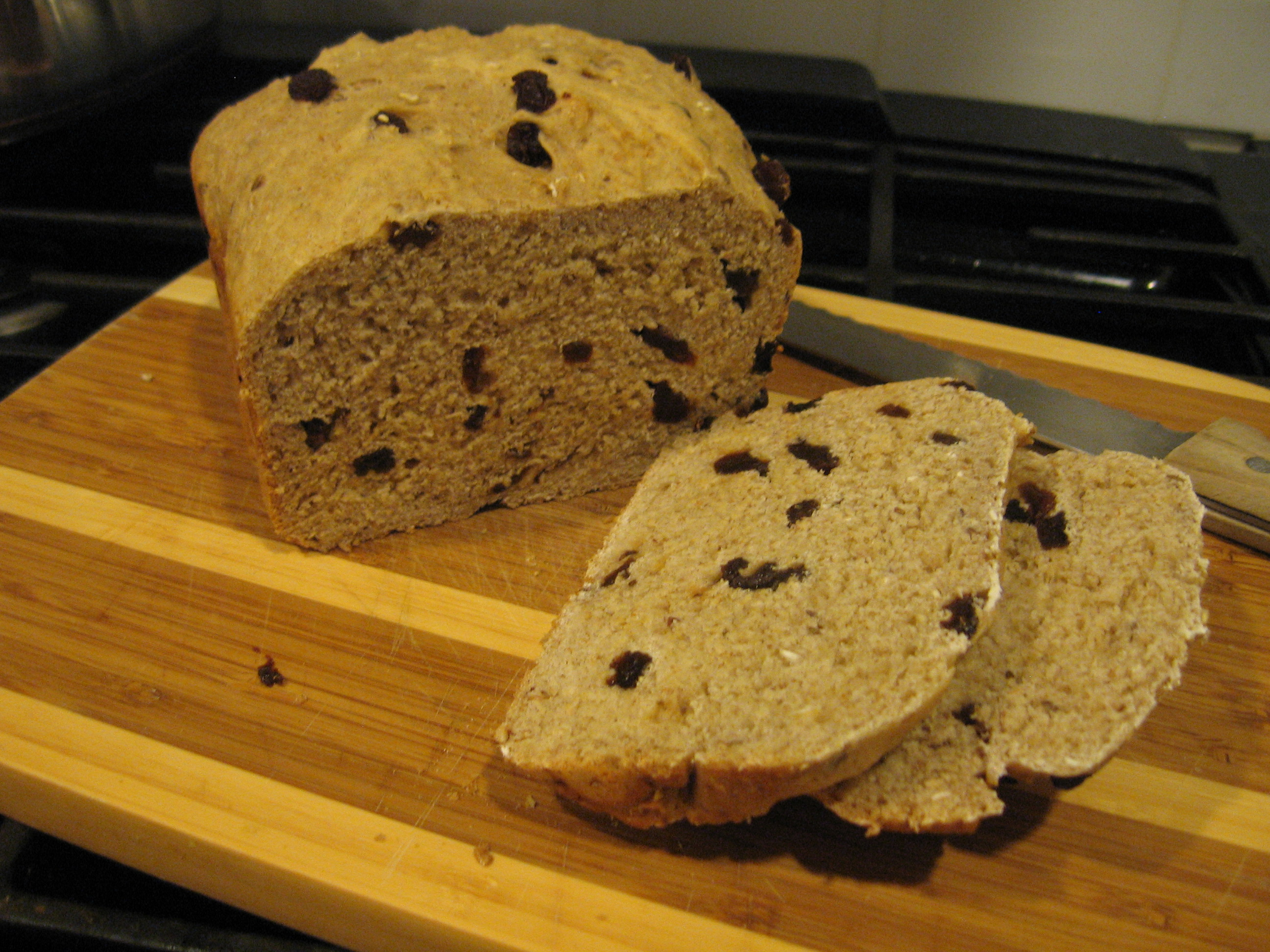 Raisin Cinnamon Oatmeal Bread in the Bread Machine