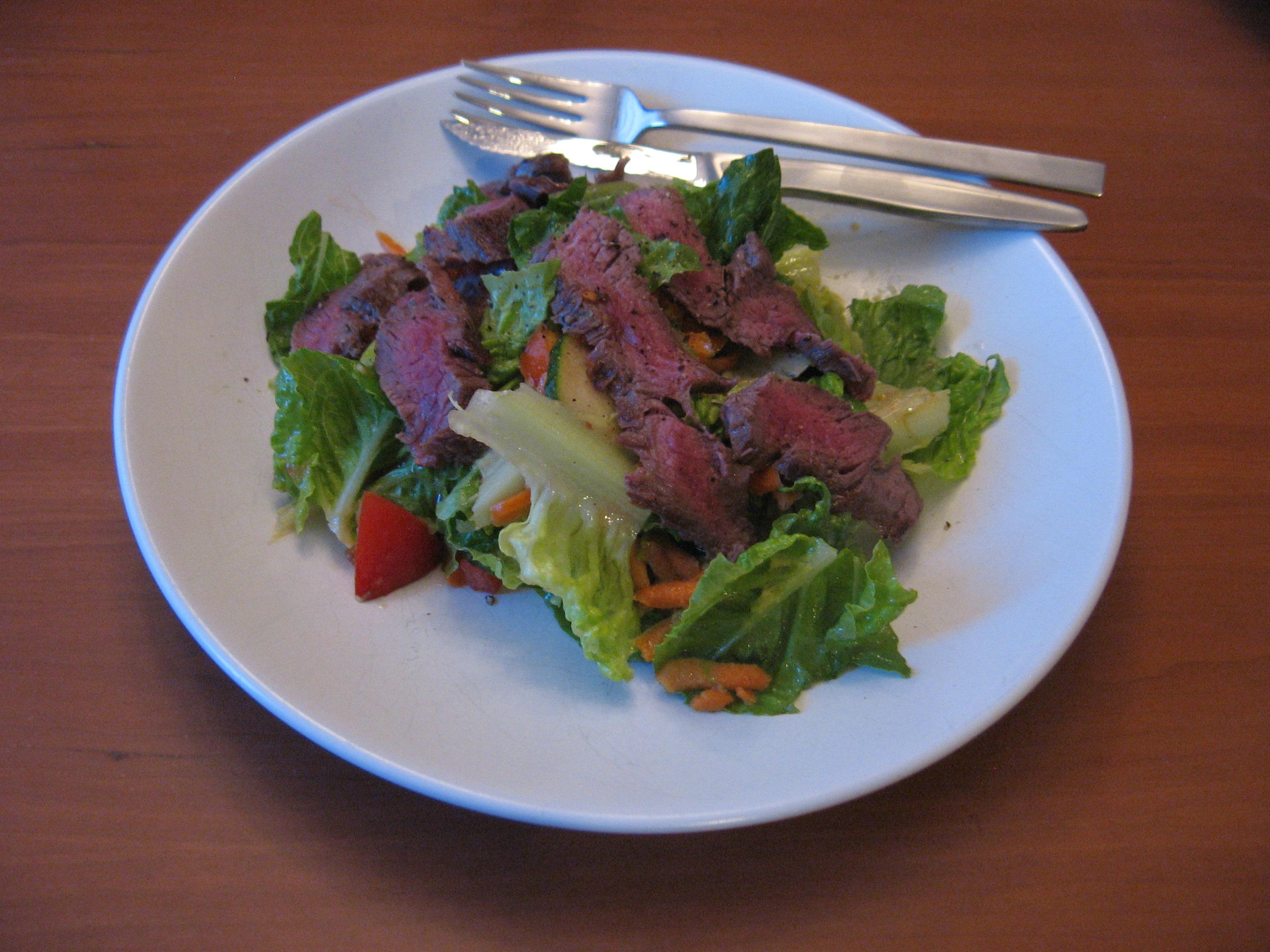 Warm Steak Salad with Red Wine Vinaigrette